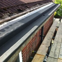 RESITRIX SKW 2.5mm Gutter Kit 1000mm x 10m